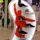 """Островная стойка. Магазин молодежной обуви """"Trend"""""""